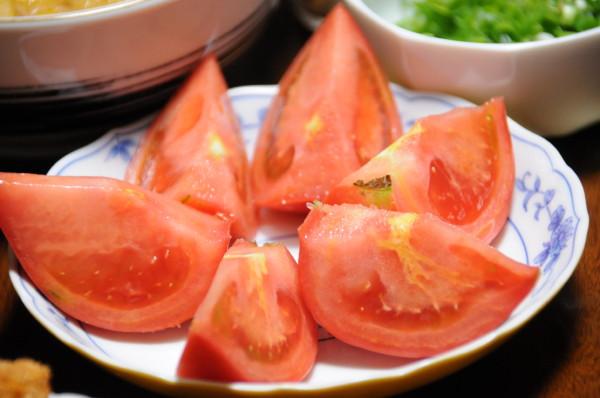 夕方採れたトマト